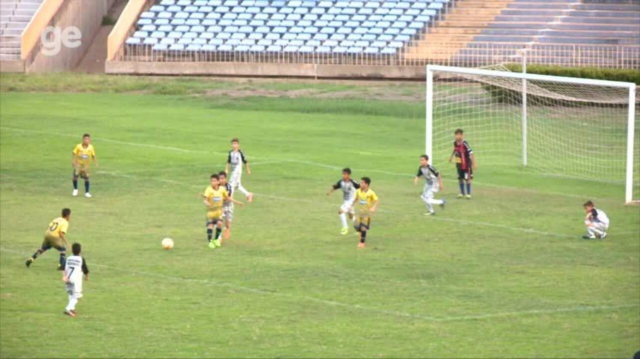 Boca Juniors empata em 2 a 2 com Escolinha do Bebeto e decisão segue para os pênaltis