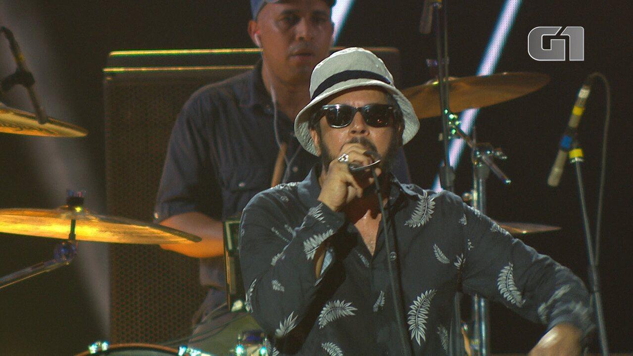 Banda Nação Zumbi toca 'O Cidadão do Mundo' no Festival de Verão