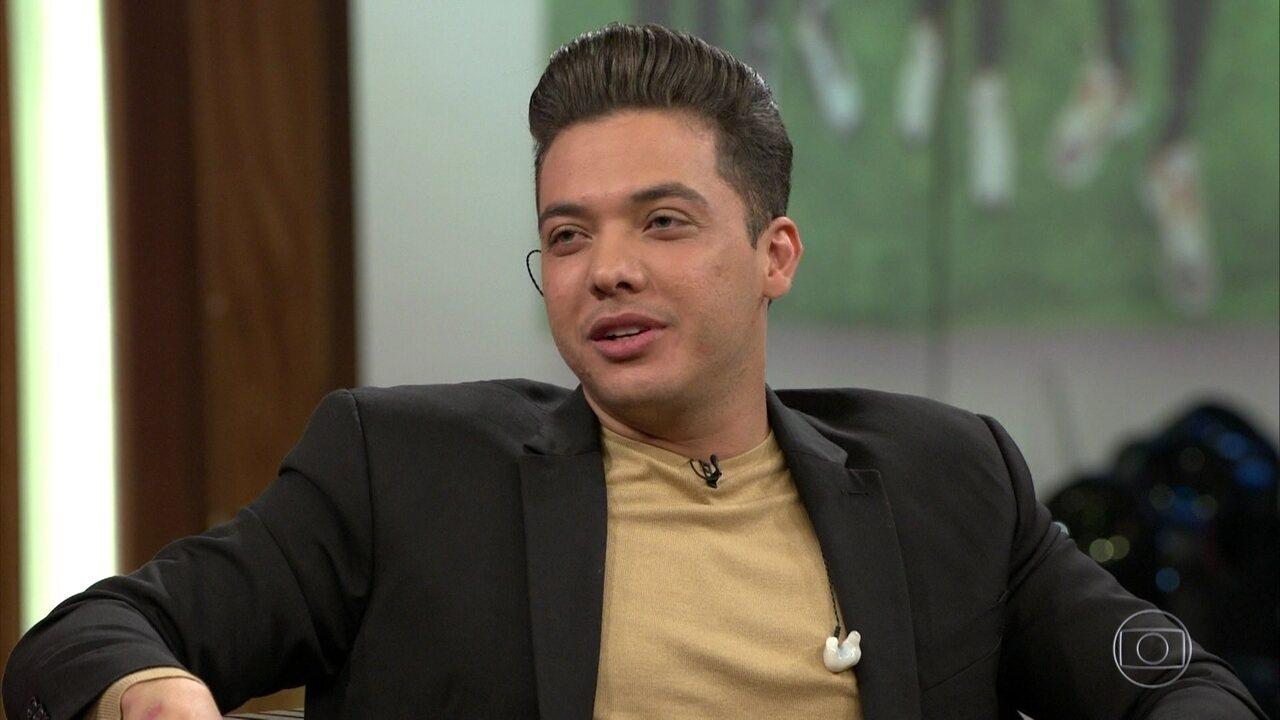 Wesley Safadão relembra época em que jogava futebol e fala sobre corte de cabelo