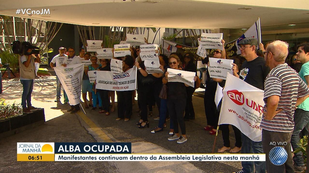 Servidores protestam contra reforma administrativa proposta pelo Governo