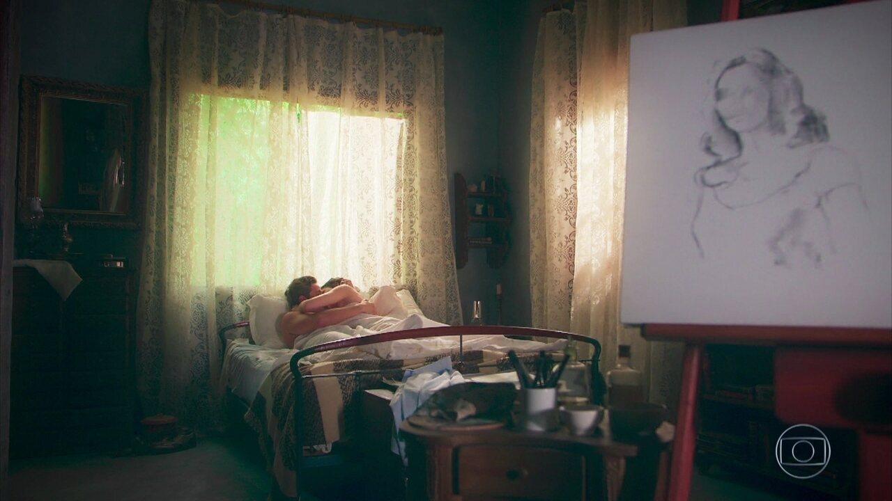 Danilo (Rafael Cardoso) garante a Julia (Vitória Strada) que os dois se encontrarão em todas suas vidas, na novela 'Espelho da Vida'