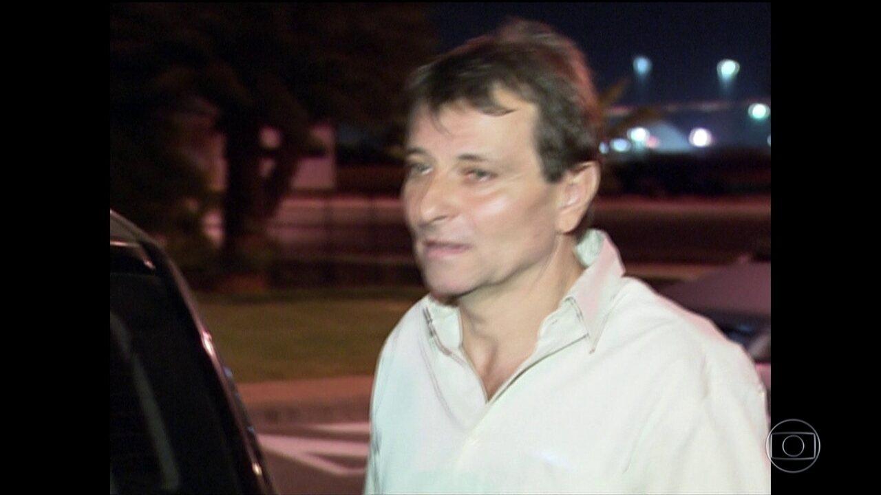 Temer assina decreto de extradição de Battisti; italiano está foragido