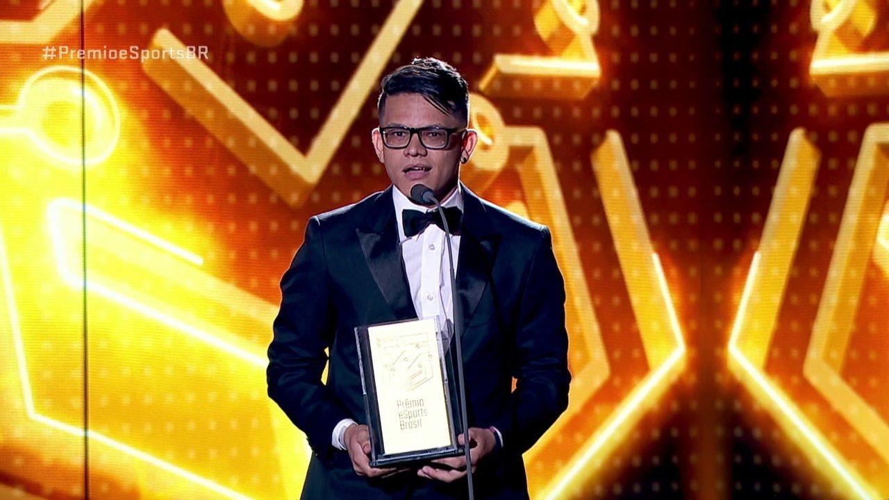 hFn é eleito o melhor atleta de Dota 2 no Prêmio eSports Brasil 2018