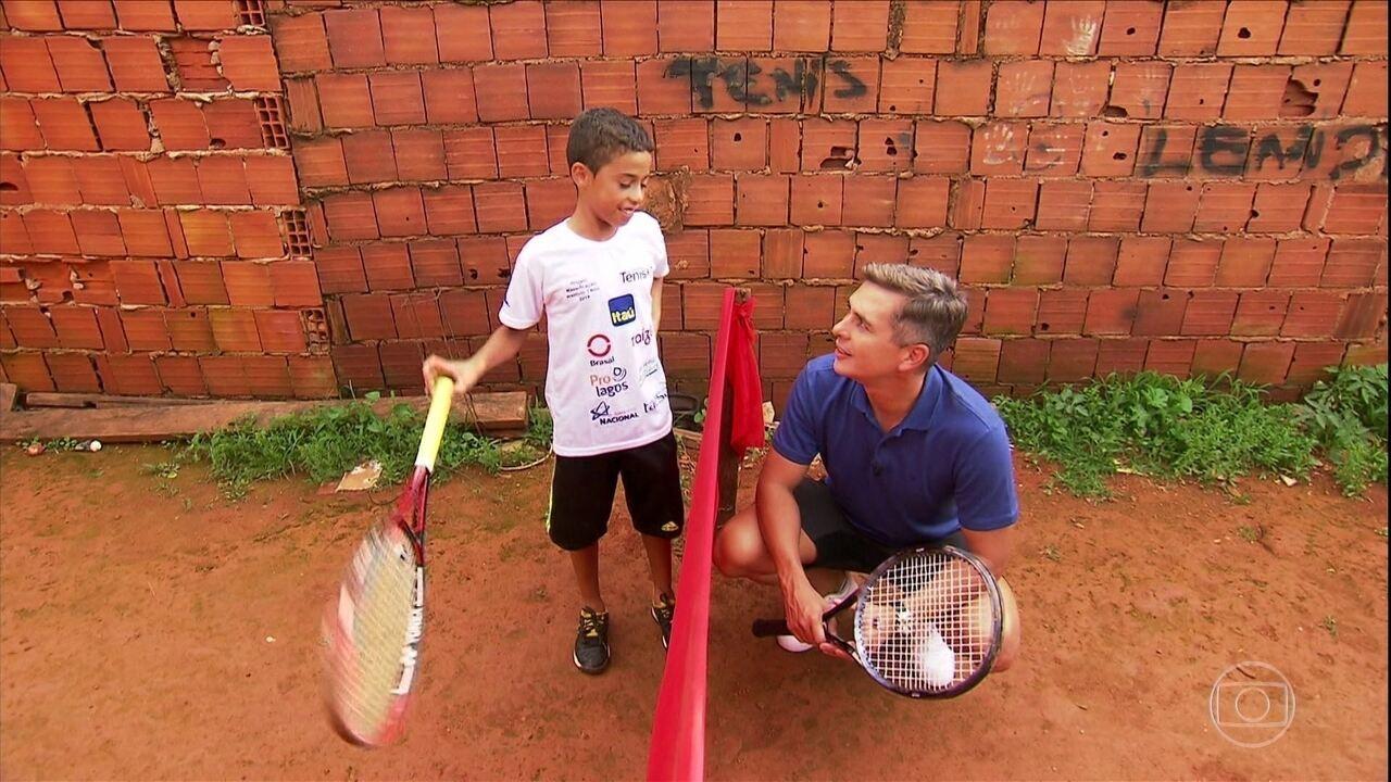 Conheça a história de Pablo, de 9 anos, que está tendo a vida transformada pelo tênis