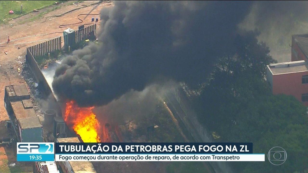 Tubulação da Petrobras pega fogo na zona leste de SP