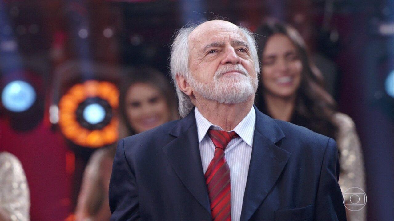 ´Troféu Mário Lago´ mostra imagens de arquivo do ator Ary Fontoura no ´Domingão´