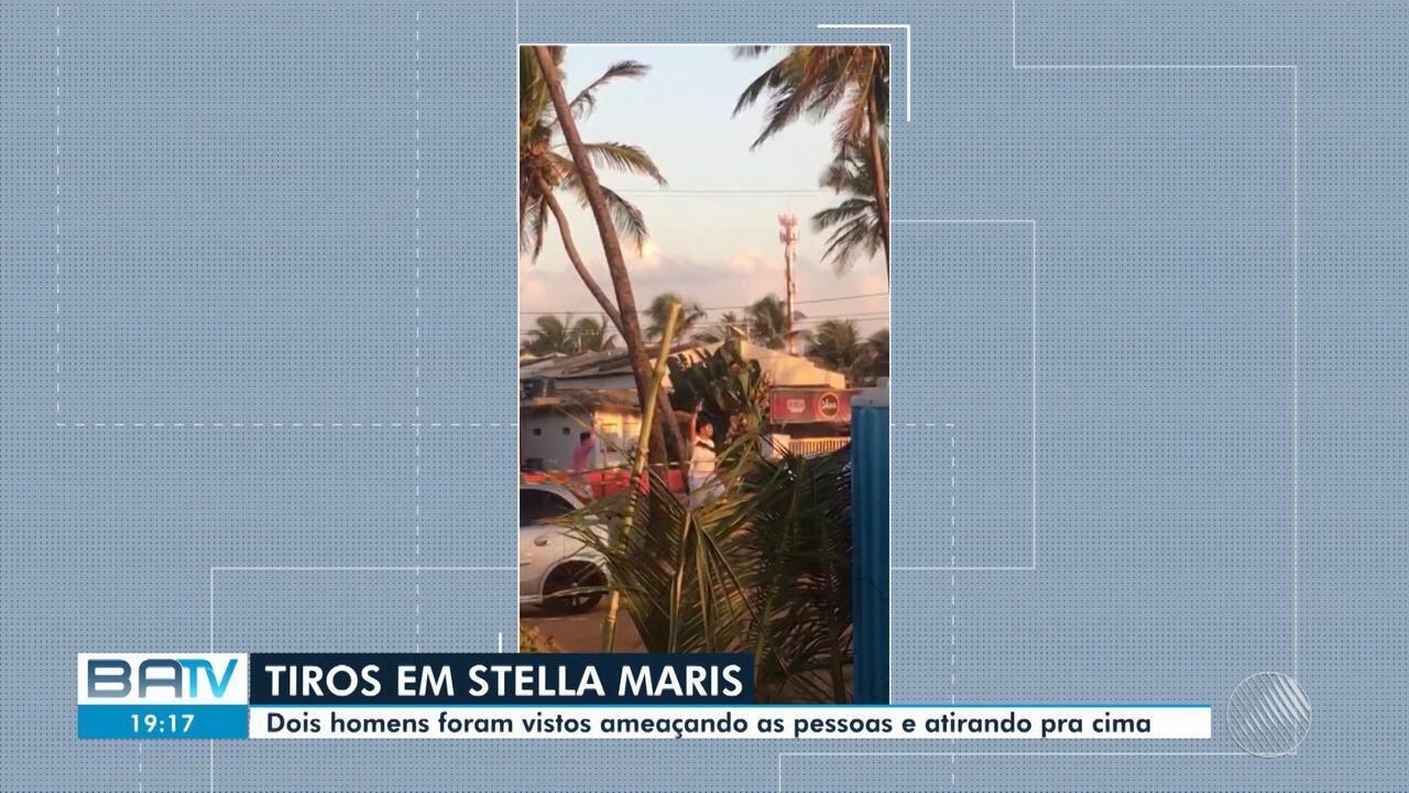Os dois homens que foram vistos atirando para cima na praia de Stella Maris, em Salvador, na madrugada do dia 1º de janeiro não têm porte legal de arma, informou o delegado Nilton Tormes, da 12ª Delegacia Territorial, responsável pelo caso.