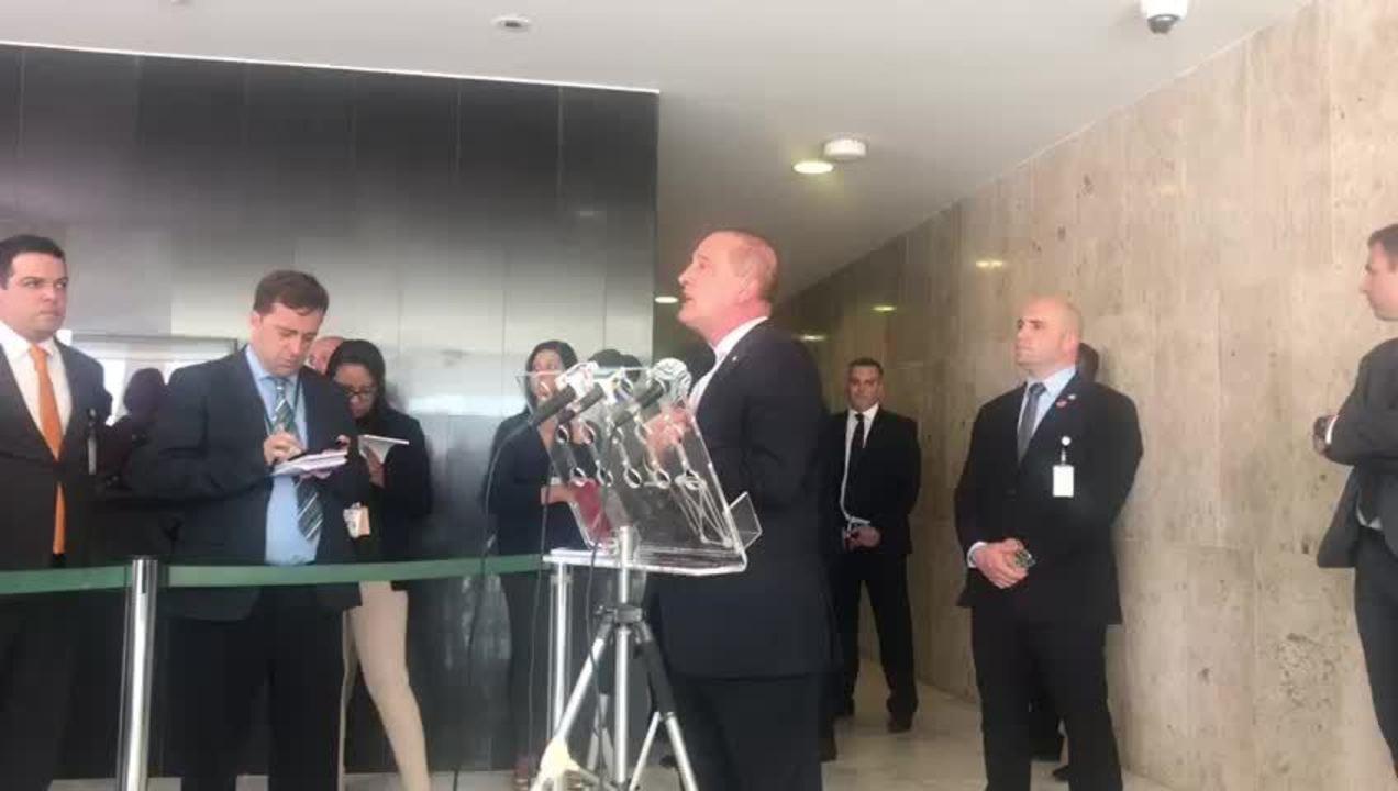 Ministro Onyx Lorenzoni fala sobre exonerações para fazer 'despetização' da Casa Civil