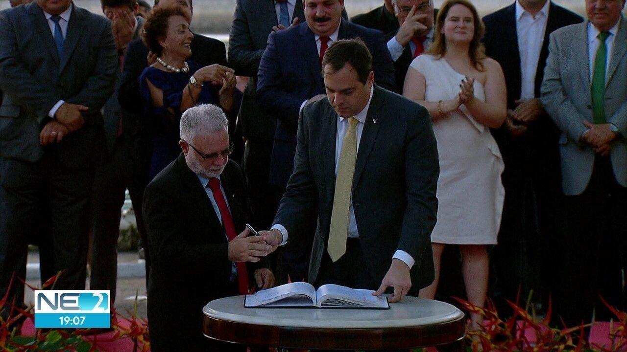 Secretários do segundo mandato de Paulo Câmara no governo de PE são empossados