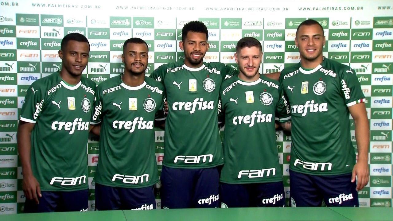 Alexandre Mattos apresenta os cinco primeiros reforços do Palmeiras