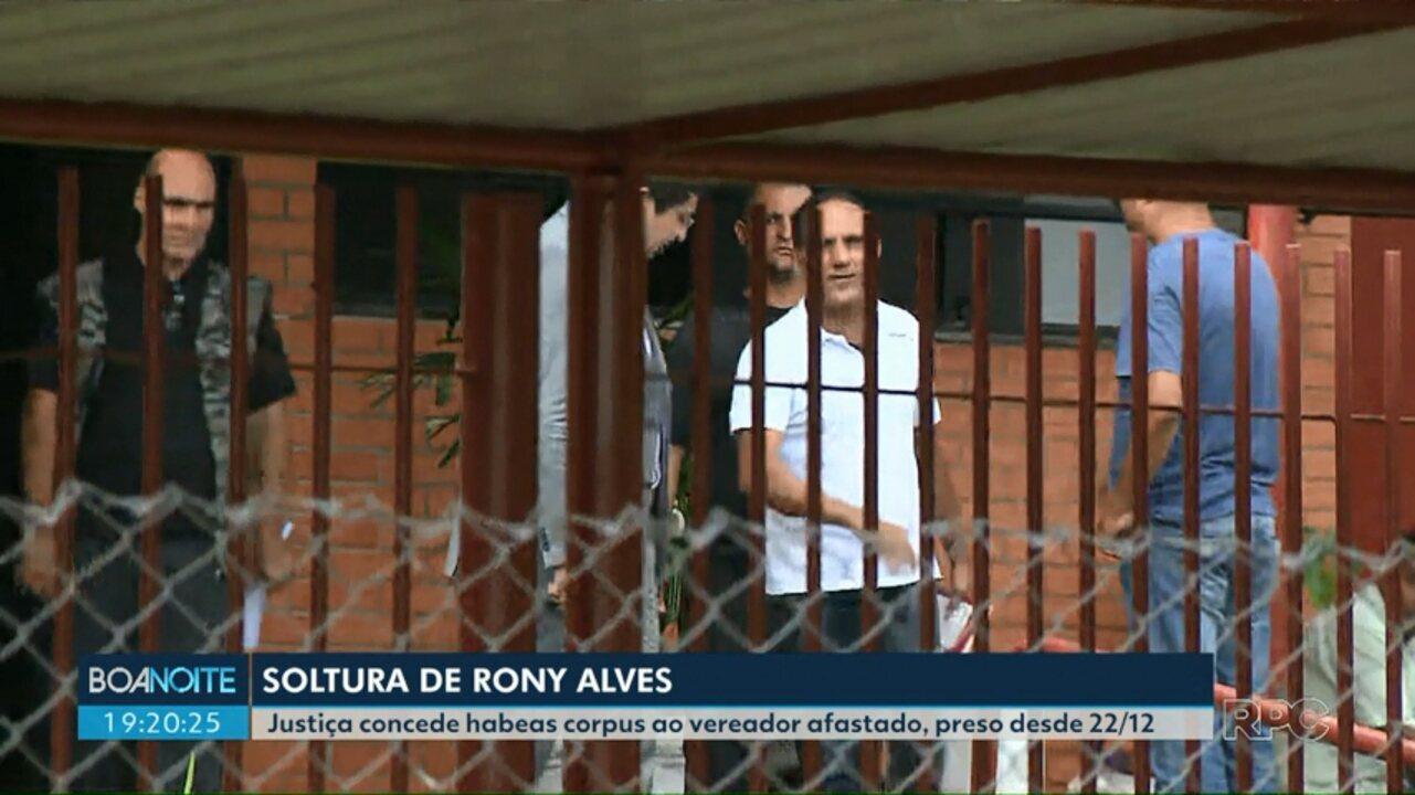 Rony Alves deixa Penitenciária Estadual de Londrina