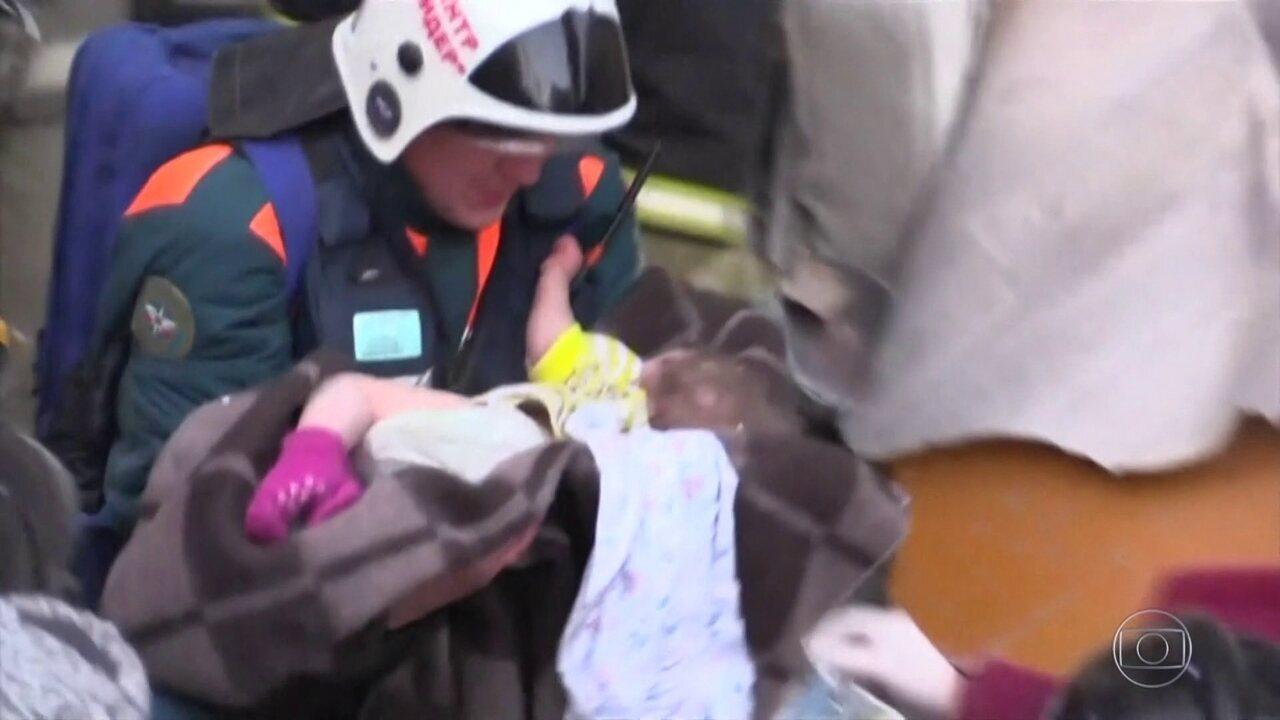 Bebê russo sobrevive após 35 horas debaixo de escombros