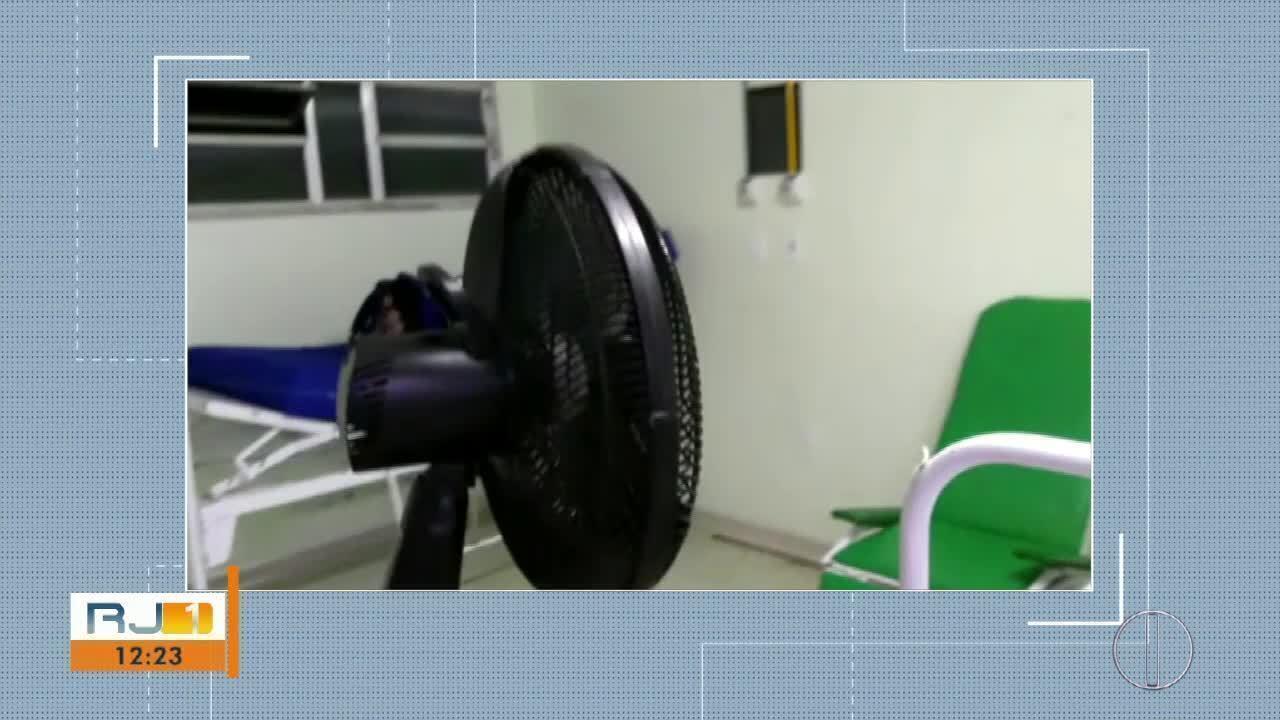 Ventiladores são usados para refrescar os pacientes no Hospital São José Operário em Cabo Frio, no RJ