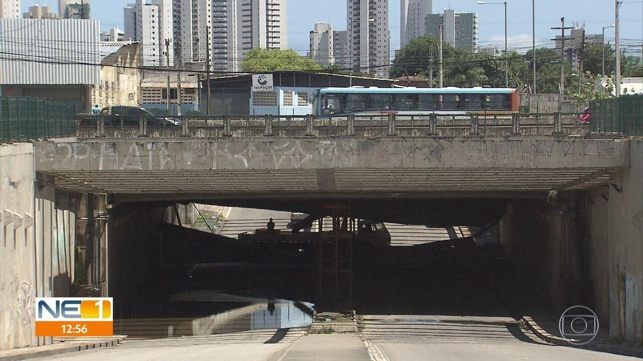 Túnel na Zona Sul do Recife tem infiltrações, ferrugem e alagamentos