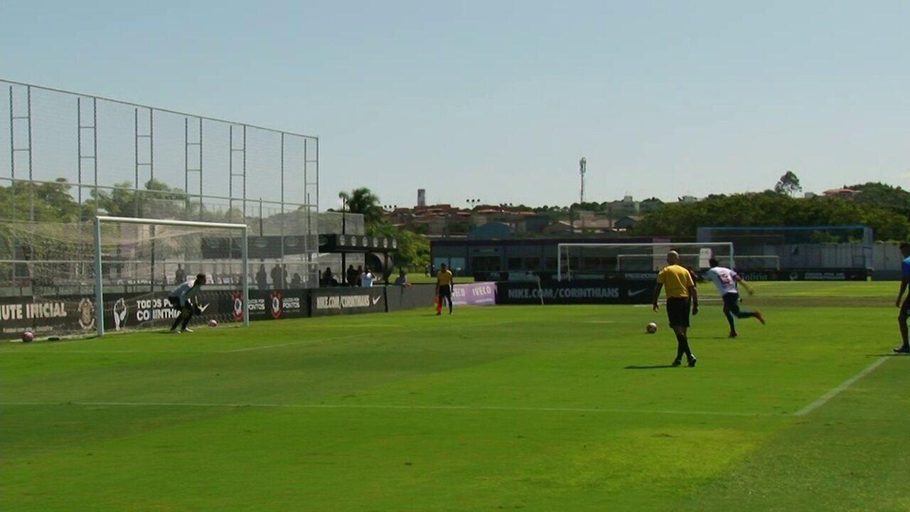 Ralf comete pênalti, e Nacional abre placar em jogo-treino contra o Corinthians