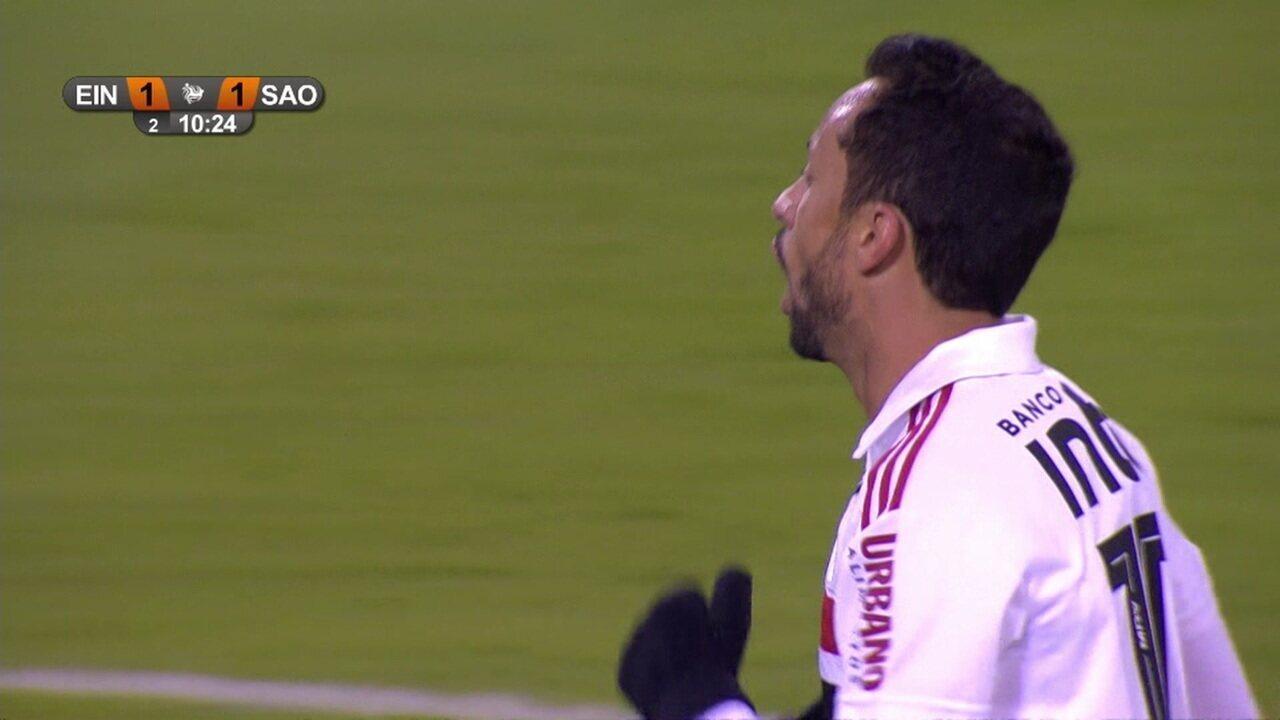 Gol do São Paulo! Diego Souza cruza da esquerda e Nenê marca aos 10 do 2º tempo