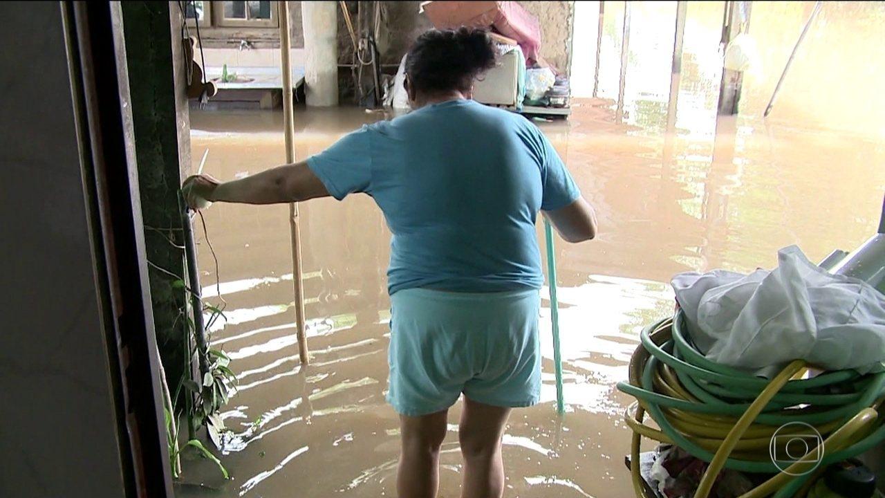 Centenas de famílias estão fora de casa por causa da chuva no Rio Grande do Sul