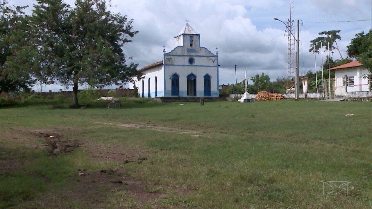 Comunidade de Itamatatíua mantém tradições ancestrais