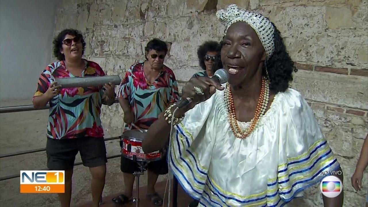 Lia de Itamaracá comemora 75 anos com festa na ilha