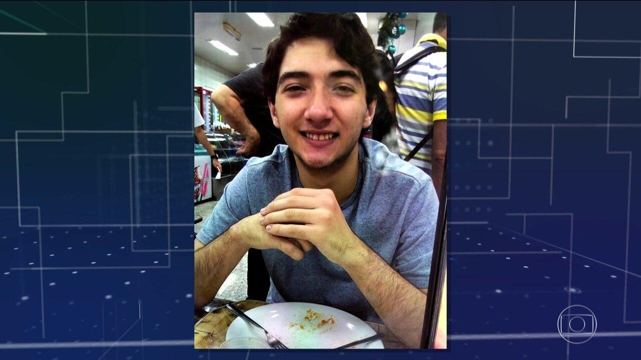 Jovem de 17 anos é baleado na cabeça indo à praia na região metropolitana do Rio