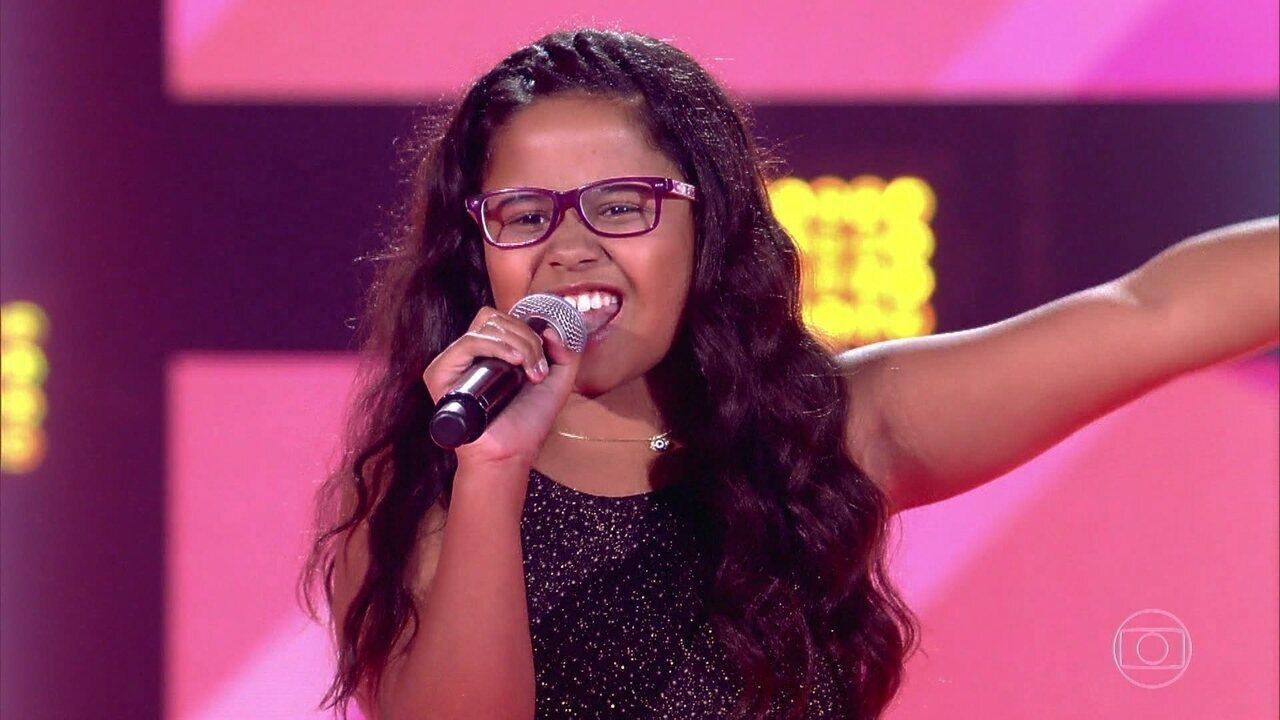 Lanna Moutinho canta 'Havana'