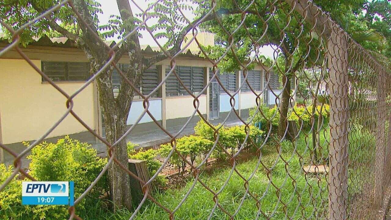 e325c2ef9b232 Creche com escorpiões fechada há mais de um ano continua em reforma em  Araraquara