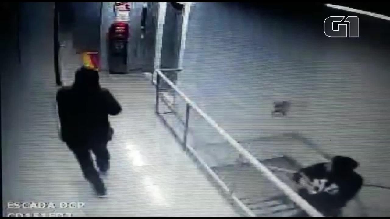 Câmera registra assalto a centro de distribuição das Lojas Americanas na Baixada