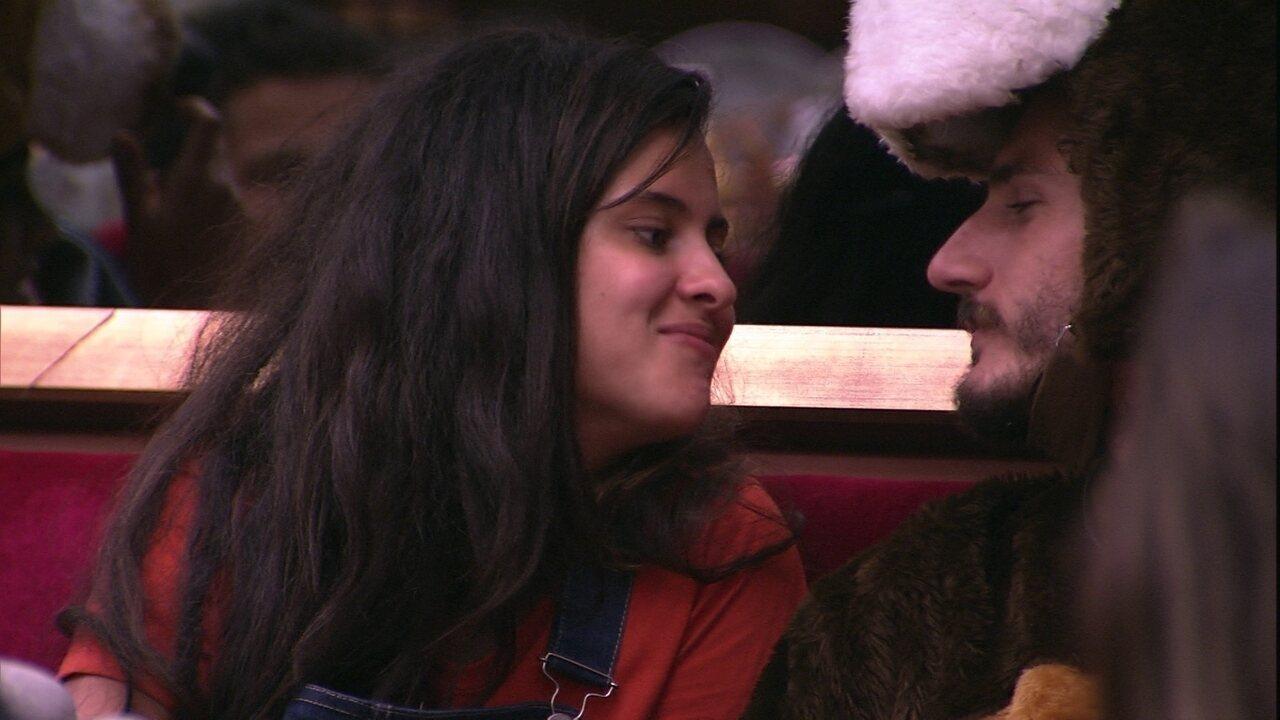 Hana sobre Alan: 'Não somos um casal'