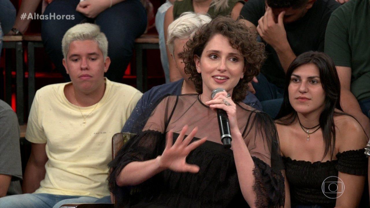 Carol Duarte diz como lidar com colegas com bafo