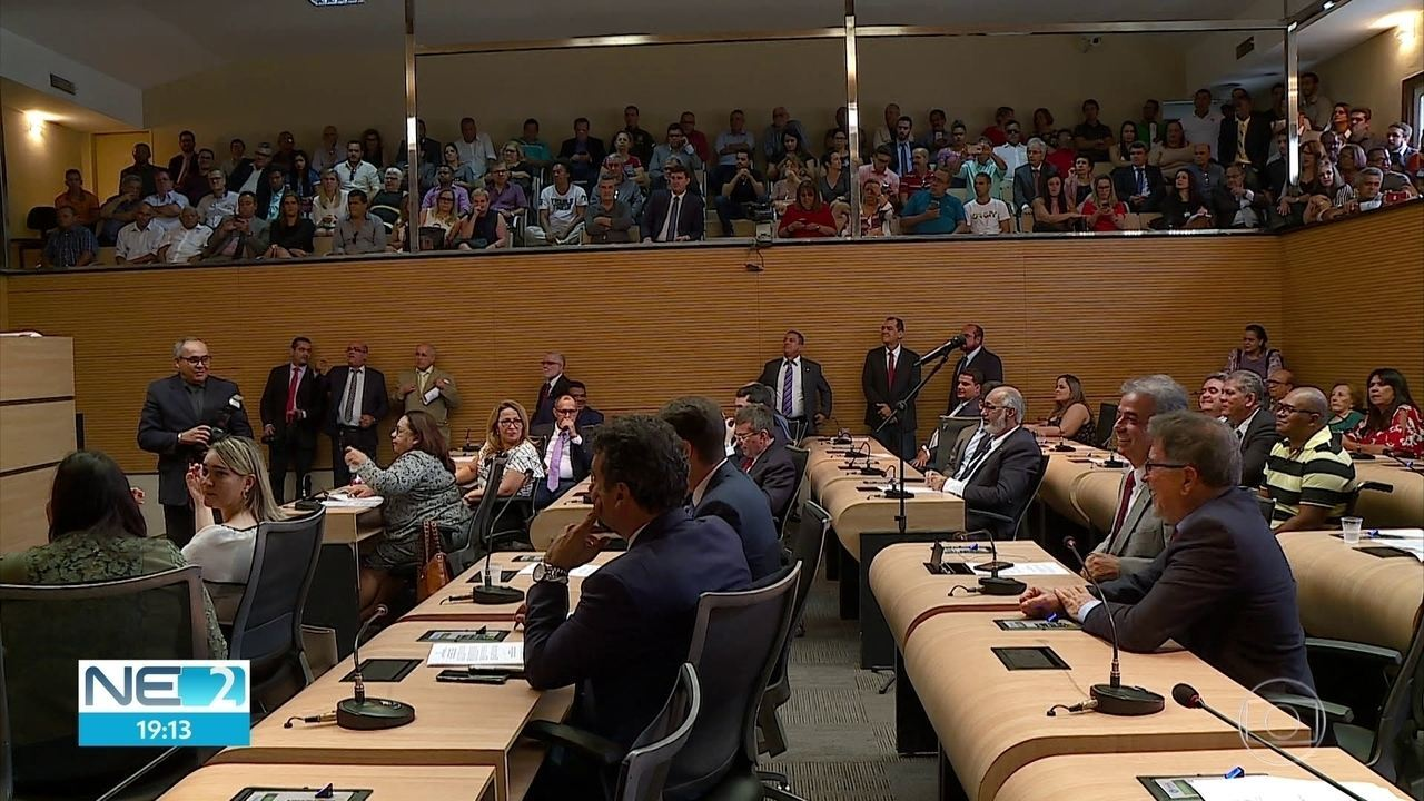 Quatro vereadores assumem mandato na Câmara Municipal do Recife