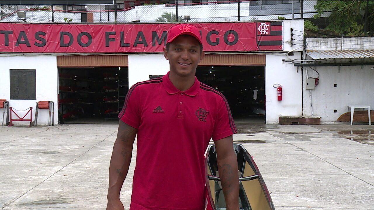 64bf7b951f Isaquias vibra com apresentação à la Gabigol no Flamengo e invasão ...