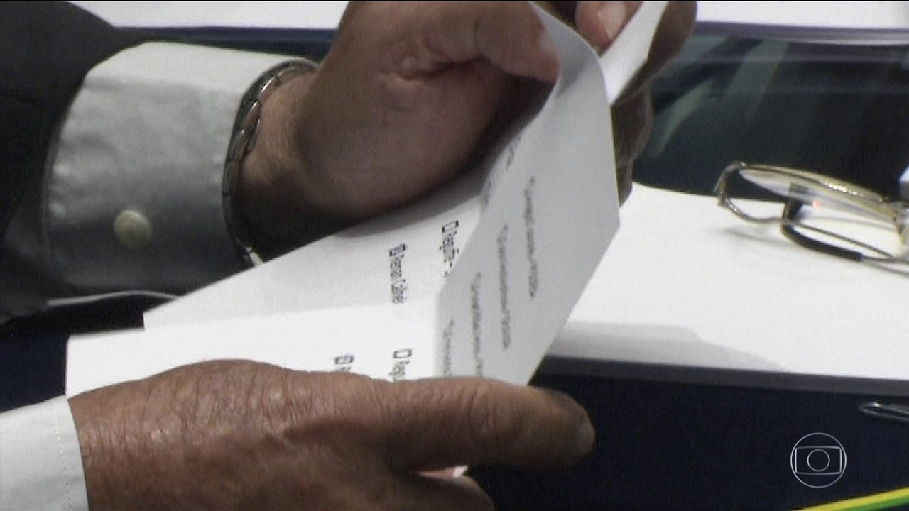 O Senado começou a investigar a fraude na eleição para presidente da casa