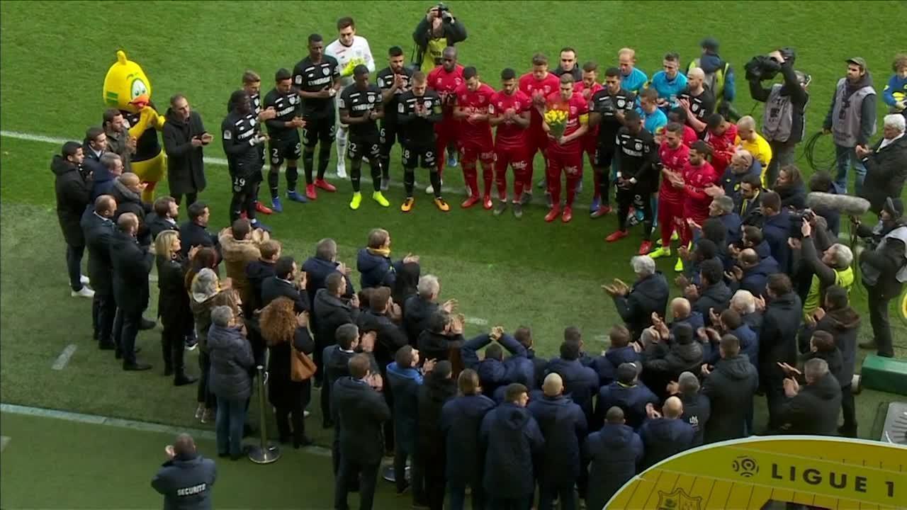 Sala é homenageado por Nantes e torcedores no primeiro jogo depois ... 78ae29cb5a212