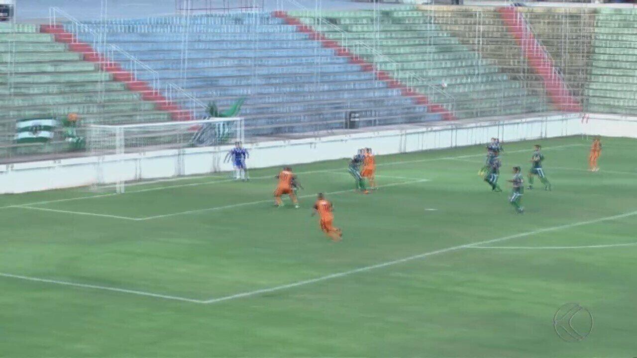 Coimbra vence Uberlândia Esporte pelo Módulo 2 do Mineiro