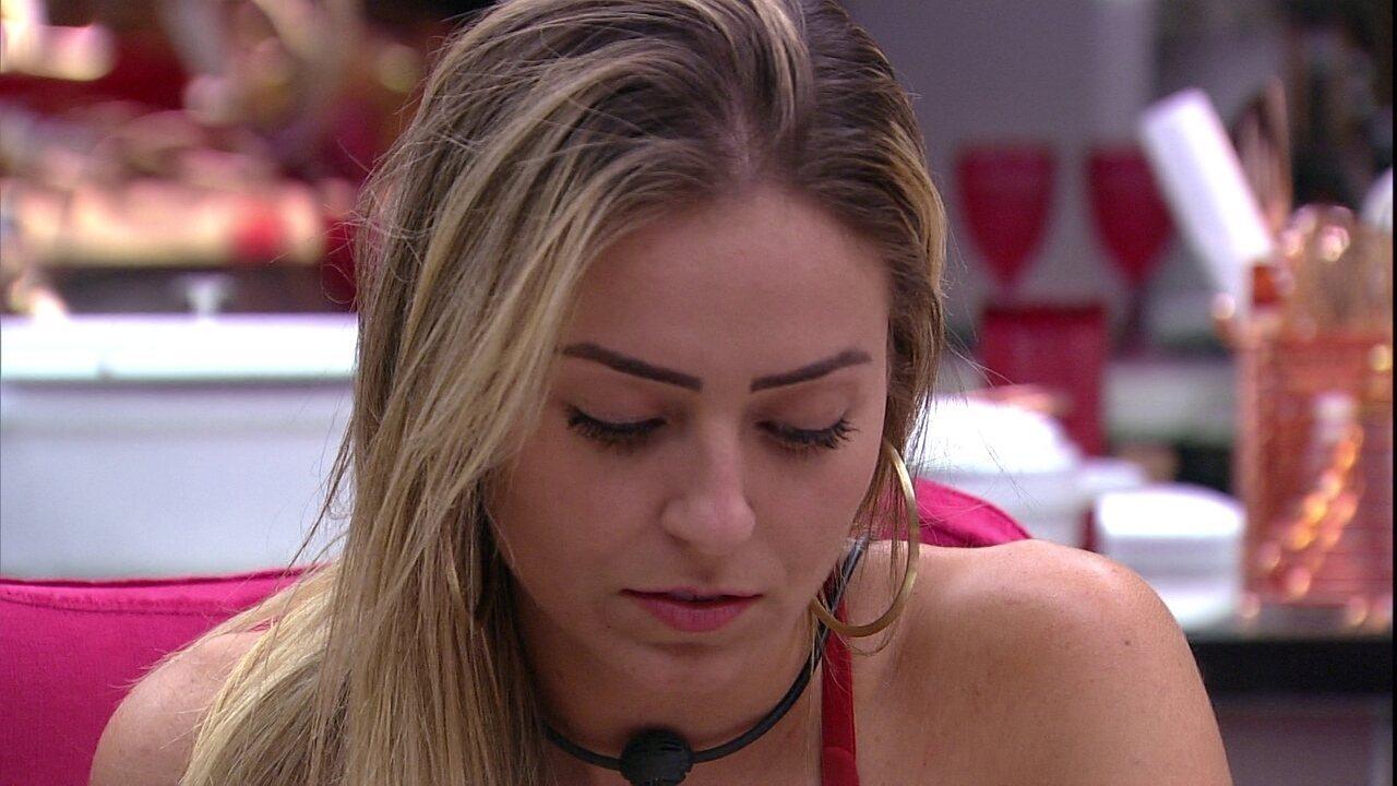 Paula reflete sobre estresse com Tereza: 'Sou o voto dela'