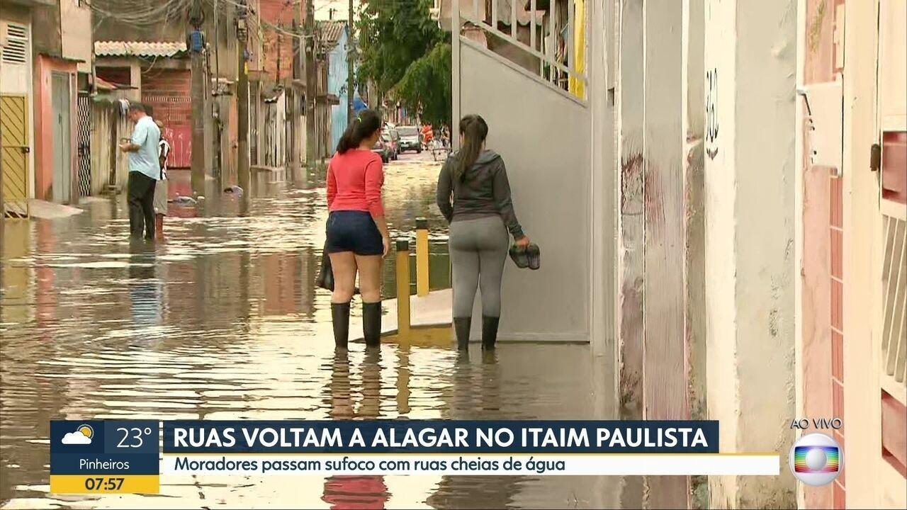 Ruas voltam a alagar no Itaim Paulista