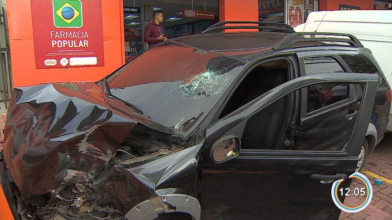 Policial civil fica ferido em acidente durante perseguição na zona oeste de São José