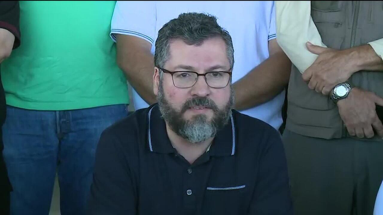 Ministro Ernesto Araújo fala sobre a crise humanitária na Venezuela