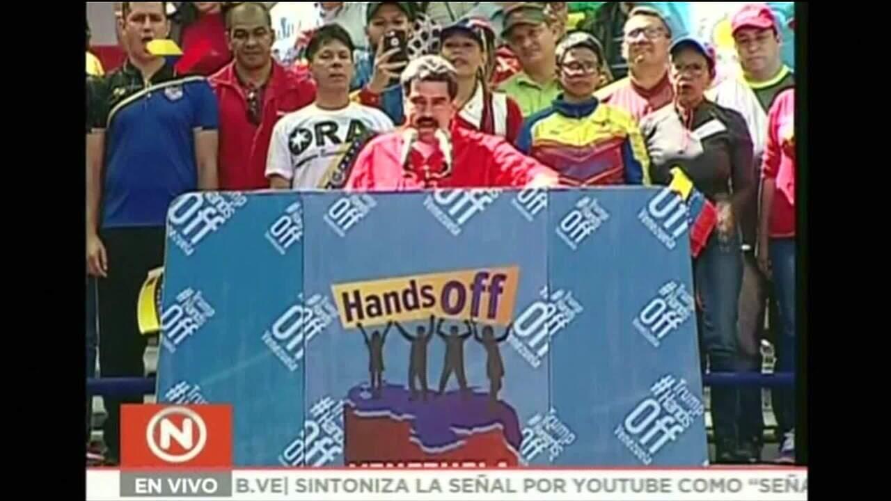 Nicolás Maduro faz pronunciamento para apoiadores
