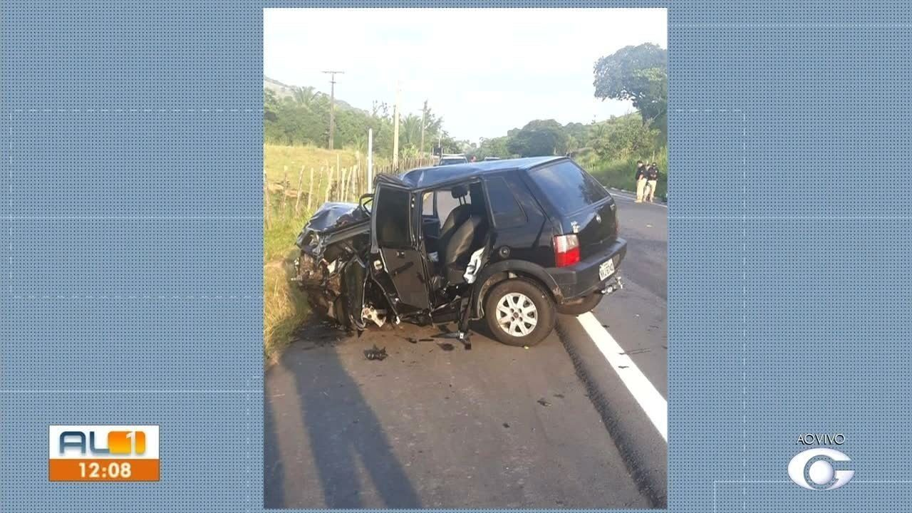 Acidente envolvendo dois veículos deixa mortos e feridos em Maribondo