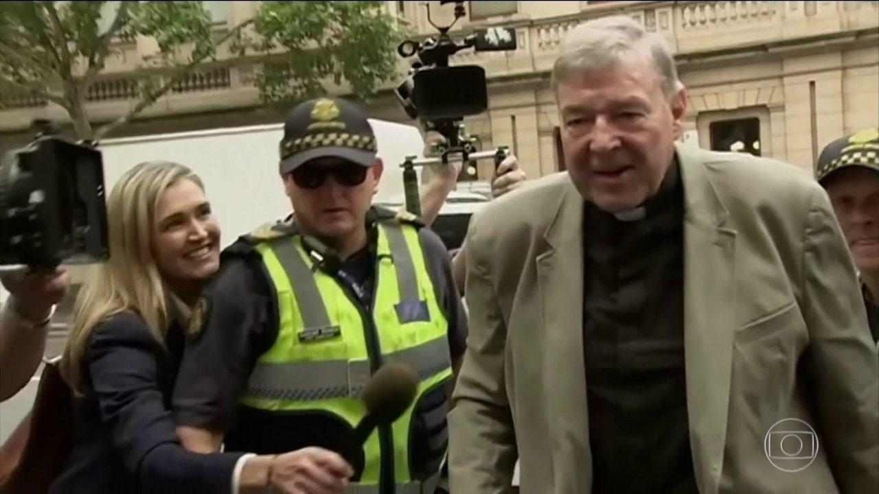 Cardeal australiano George Pell é condenado por abuso sexual contra crianças