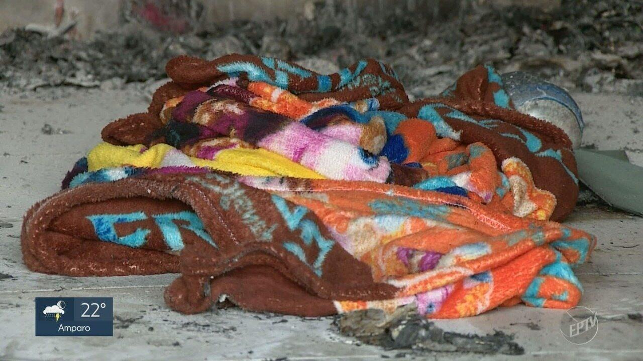 Mulher tem corpo queimado pelo companheiro em comércio de Campinas