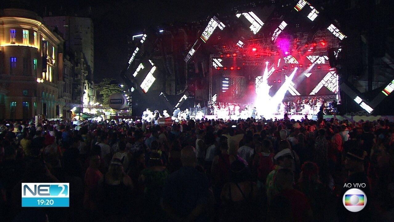 Clarins anunciam abertura do carnaval do Recife
