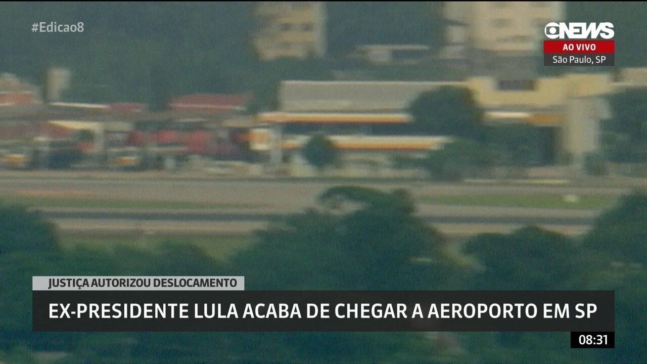 Ex-presidente Lula chega em São Paulo para velório do neto