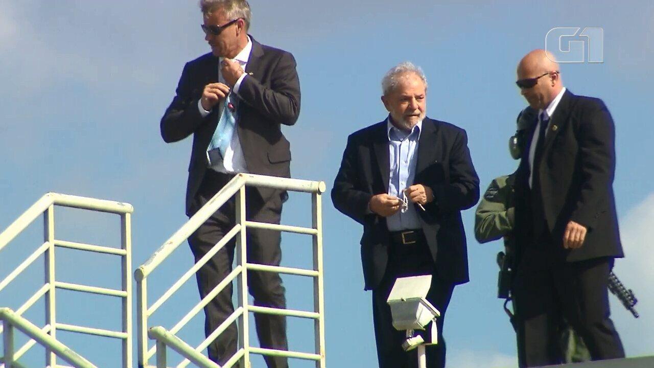 Lula volta para a prisão em Curitiba após participar do velório do neto em SP