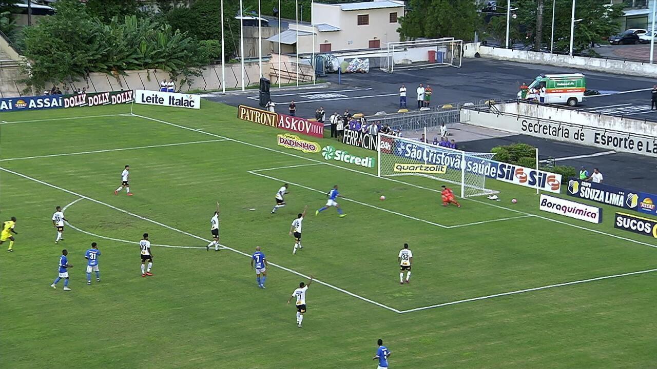 Alecsandro perdeu gol contra o Corinthians pelo Campeonato Paulista