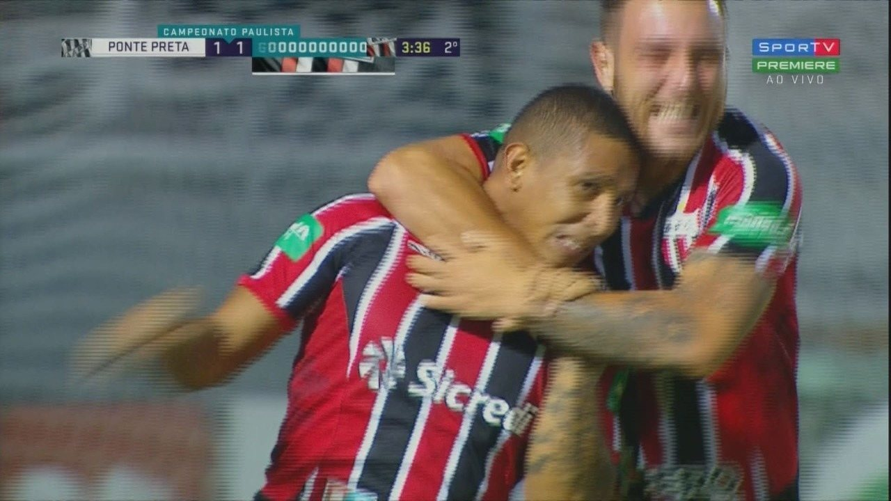 Gol do Botafogo-SP! Rafael Costa empata após Ivan sair mal, aos 3 minutos do 2º tempo