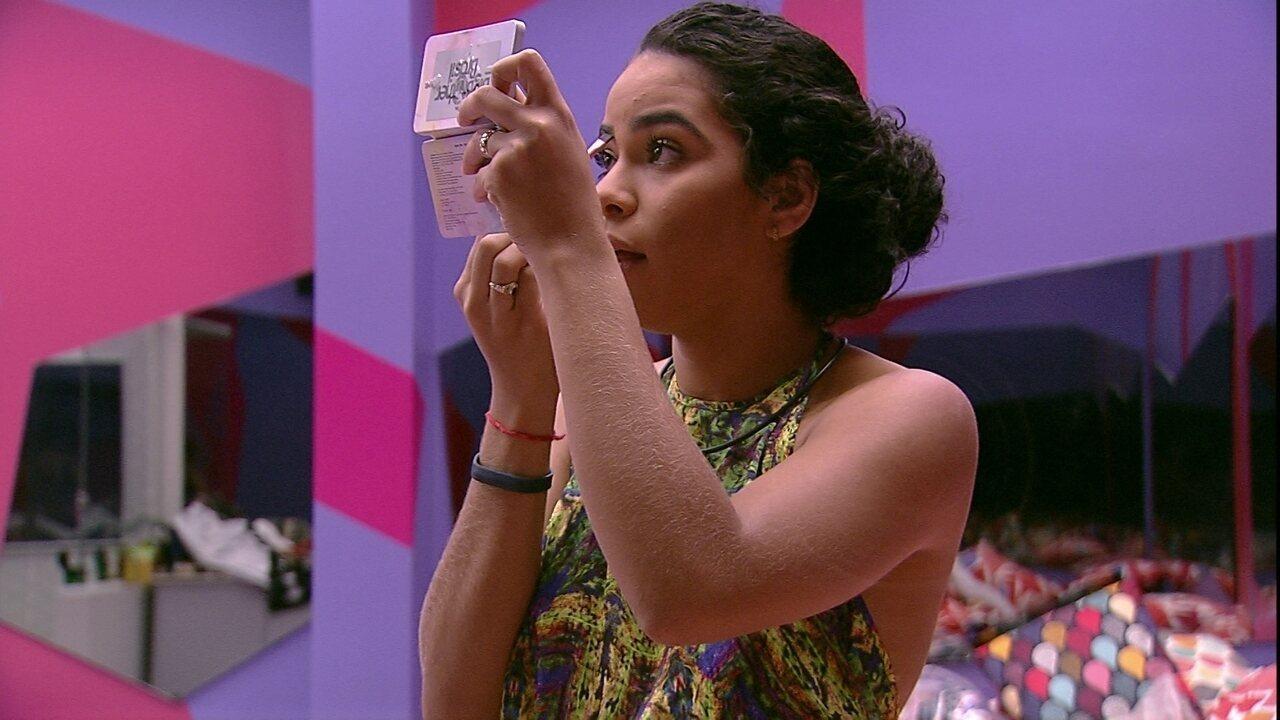 Elana conta com refeição em evento especial: 'Não gastei meu café da manhã'