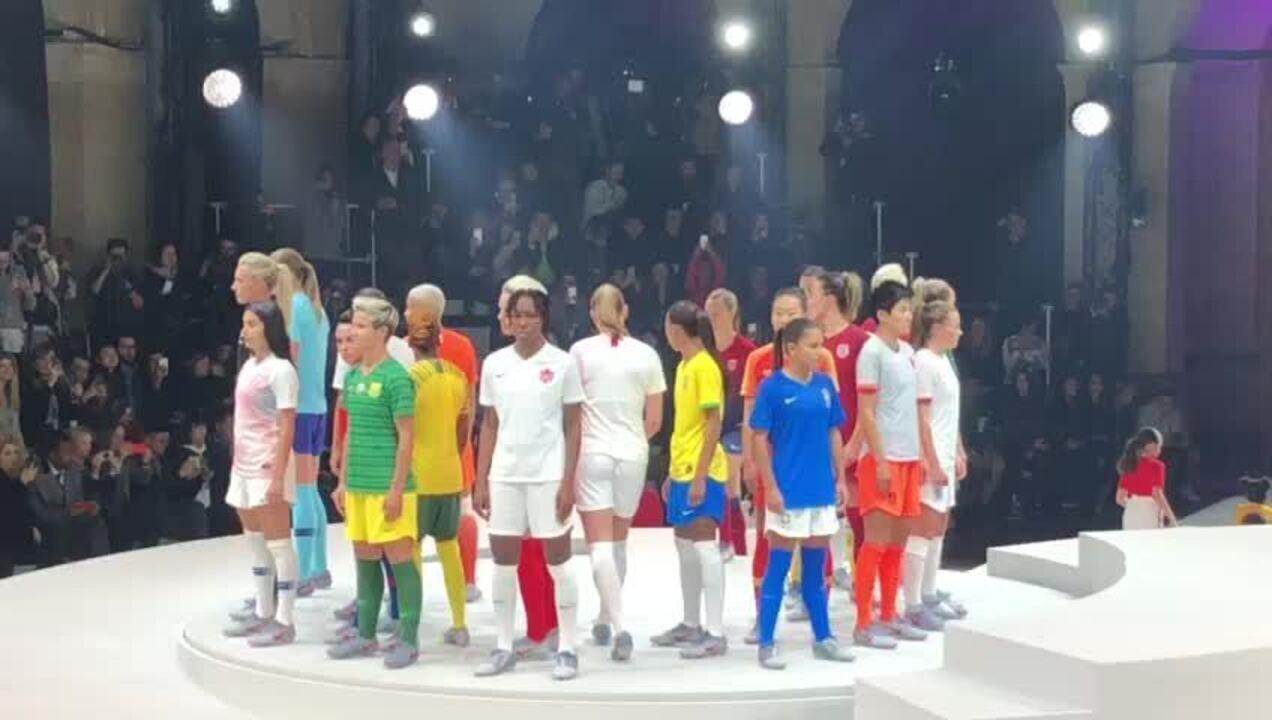 f5425433d Fornecedora de material esportivo lança camisa da seleção feminina ...
