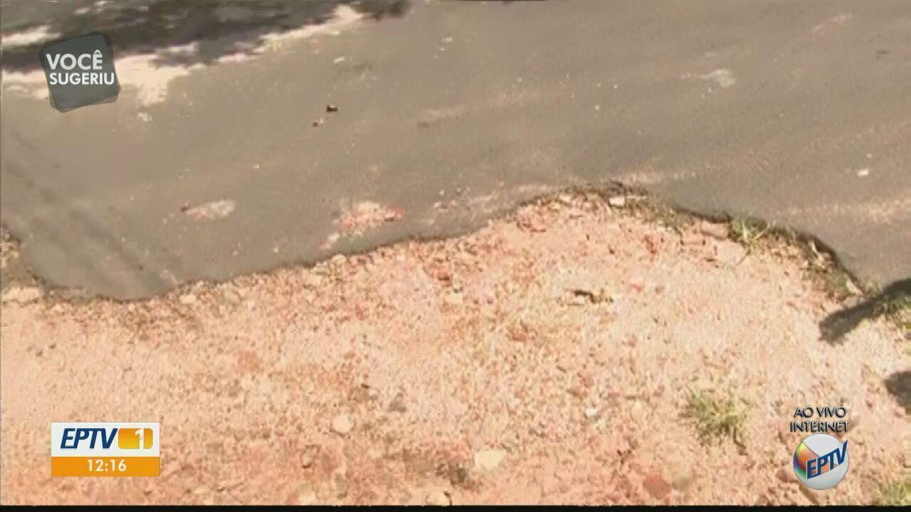 Moradores de Descalvado convivem com metade da rua asfaltada